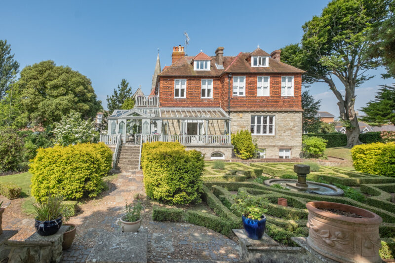 SHANKLIN £1,500,000 The Old Vic
